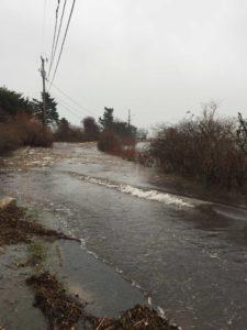 Waves Crashing on Rendezvous Lane during January 2018 Super tide